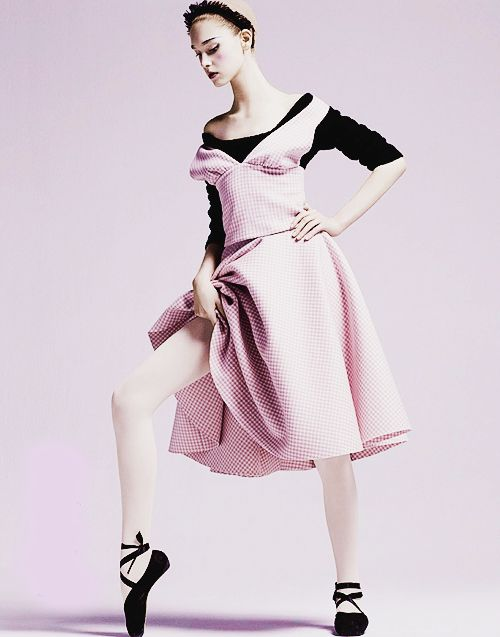 """""""Arty Ballerine"""" By David Roemer For Grazia France 30th August 2013"""