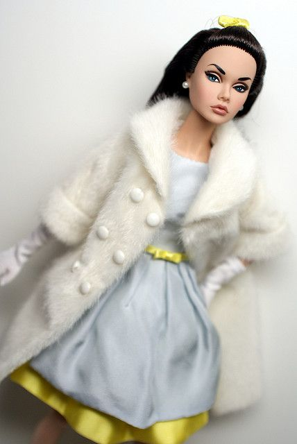 Reluctant Debutante amazing in blue | Poppy parker dolls