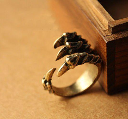 Estilo retro del bronce de la manera punky de la vendimia del pájaro del águila garra de la garra del anillo de los anillos en los anillos de la joyería en Aliexpress.com