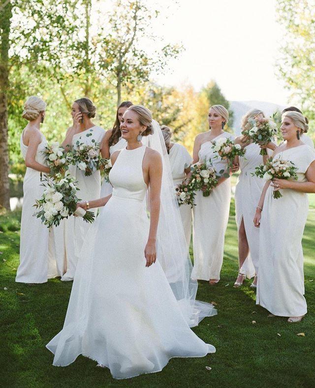 Pin By Susie On G O W N S Wedding Dress Necklines Summer Wedding Dress Wedding Dresses