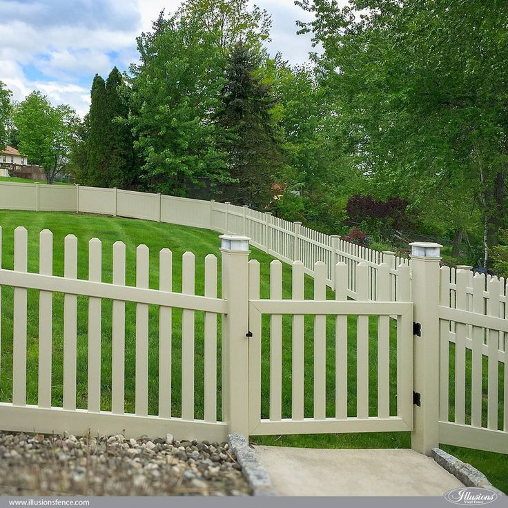 New Cost-Free Backyard Fence Repair Ideas Back Garden