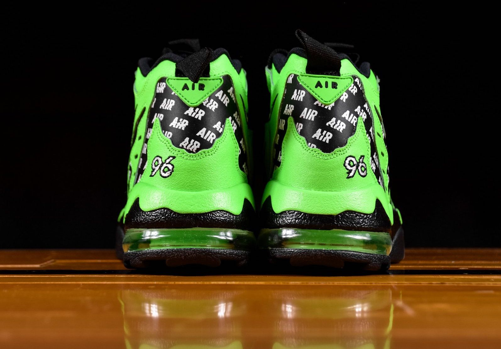 rage green Nike Men's Air DT Max 96 Google Search