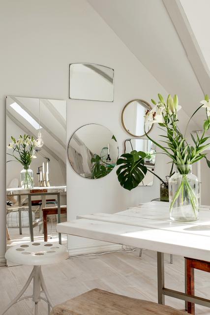 Geometric Trendy Black Metal Mirror Great For Minimalist And Scandinavian Modern Design Bathroom Mirror Design Geometric Mirror Mirrored Bathroom Accessories