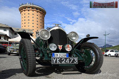 VAL CHISONE SESTRIERE - La Bentely prima del via Sestriere Storico 2013 #cars #sports #motori #piemonte