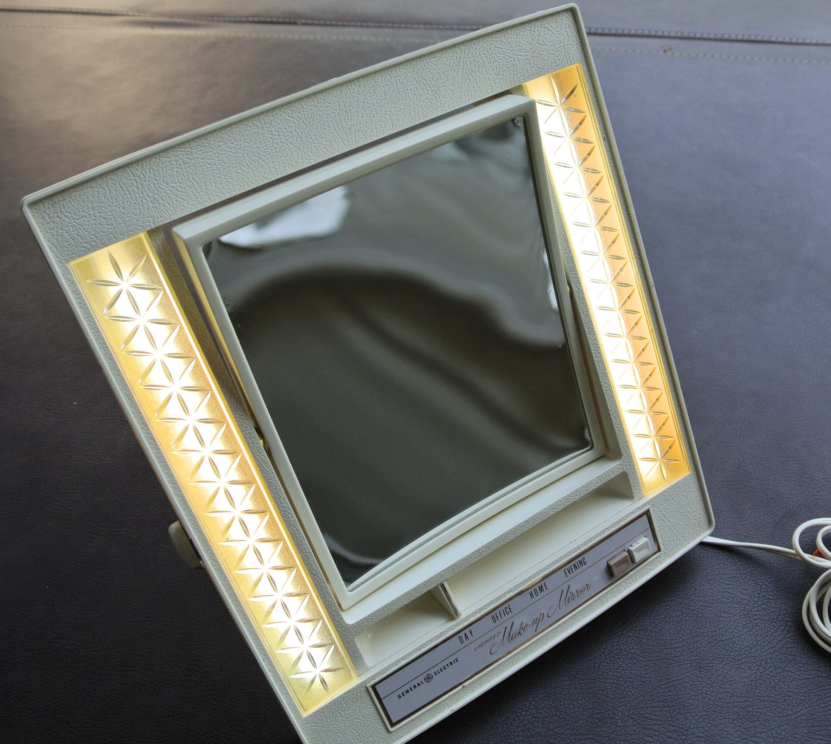 Vintage Makeup Mirror, Lighted Makeup Mirror, G.E. Lighted Makeup