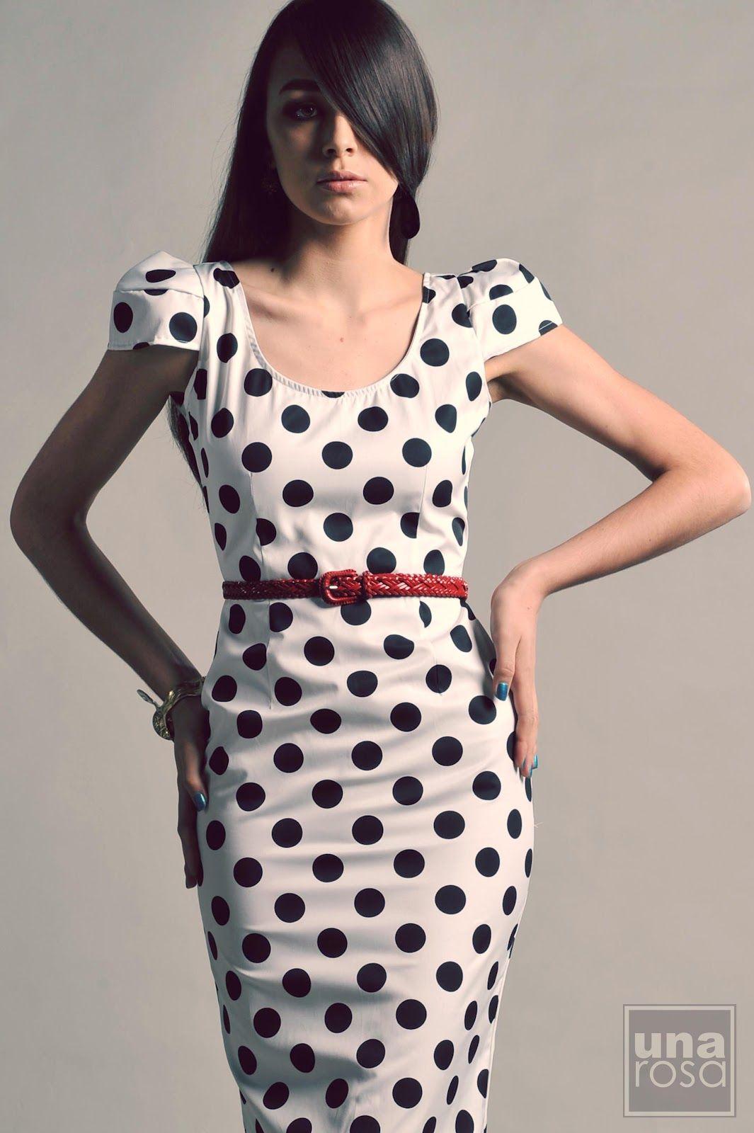 Vestido negro punto blanco