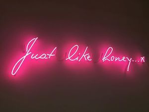 Neon Mfg. | Custom Neon Signs | Neon Signs for Home and Business