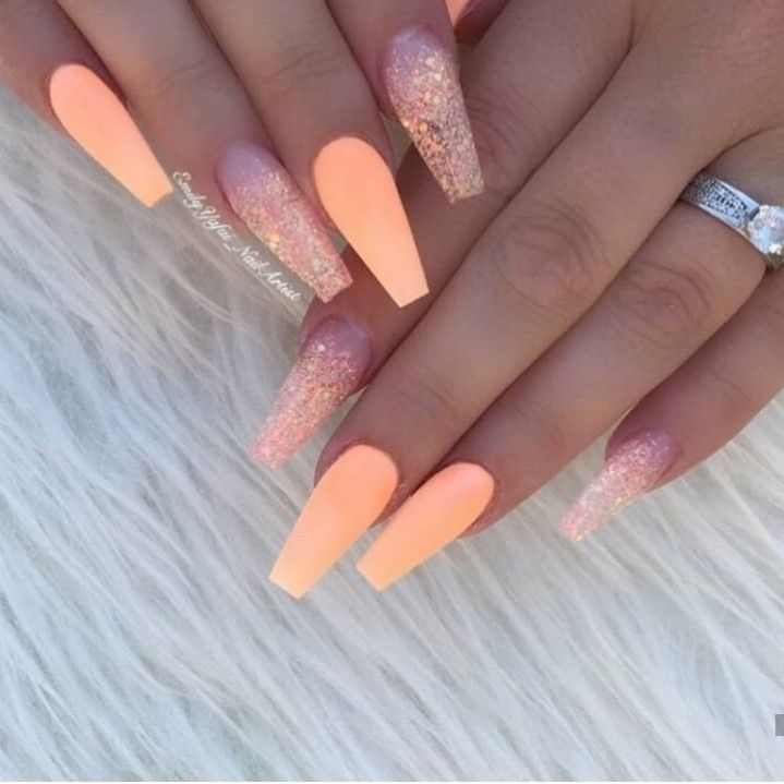 Pin By Dayna Powney On Nail Designs In 2020 Peach Acrylic Nails Cuffin Nails Summer Acrylic Nails