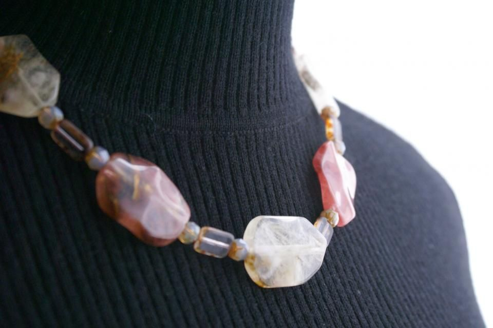 $85 - Natural & Rose Quartz