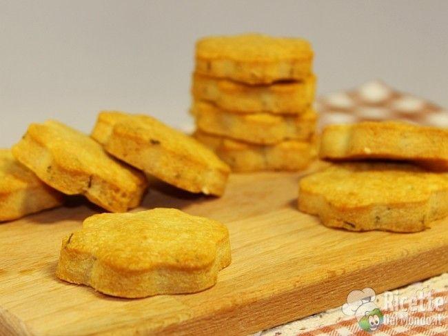 Biscotti salati con timo e rosmarino_idea per il segnaposto di Natale
