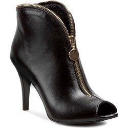 Szerokie Spodnie Na Wiosne Trendy W Modzie Stiletto Heels Stiletto Boot