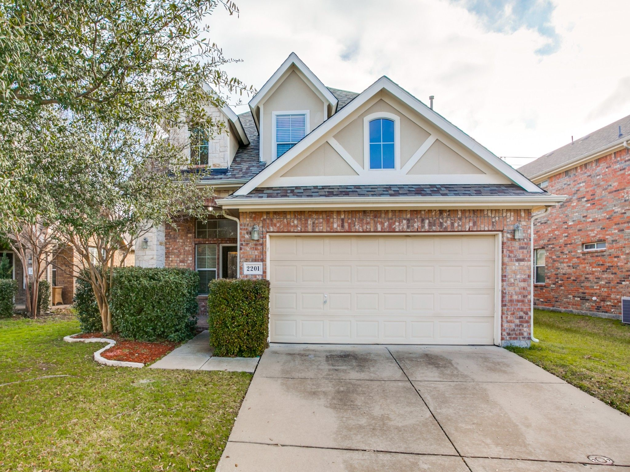 2201 Reston Drive Mckinney Tx 75072 Teamkristan Mckinneytx Mckinneyhomesforsale Mckinneyrealestate Ebbyh Dallas Real Estate Home Thermostat Sell Property