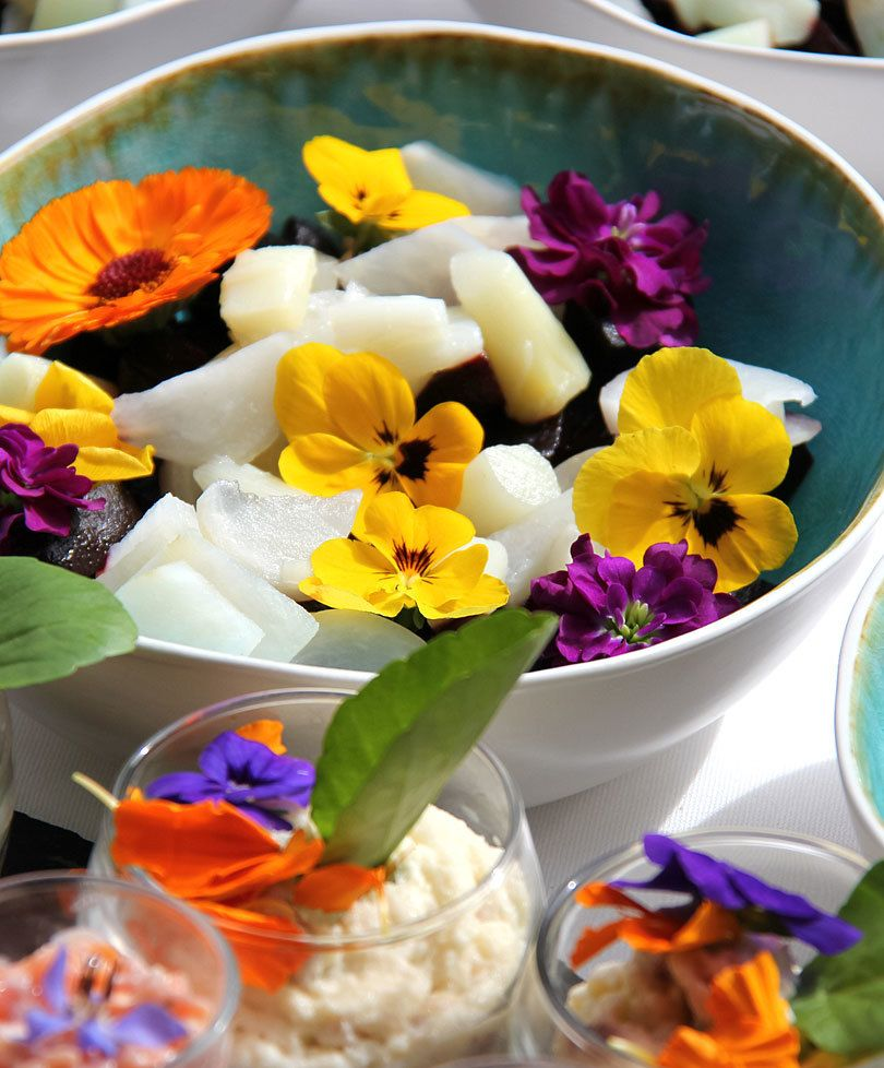 Edible Flowers mix per pack (25 g) Edible flowers