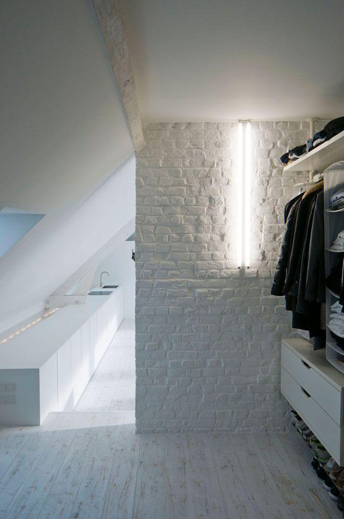 Loft contemporain / Minimaliste / blanc / épuré / intérieur ...