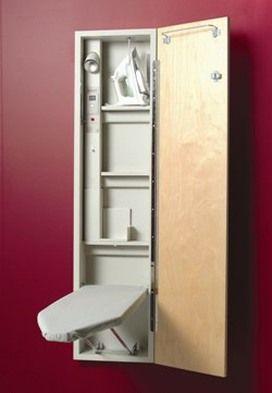 rangement astucieux pour table repasser rangements. Black Bedroom Furniture Sets. Home Design Ideas