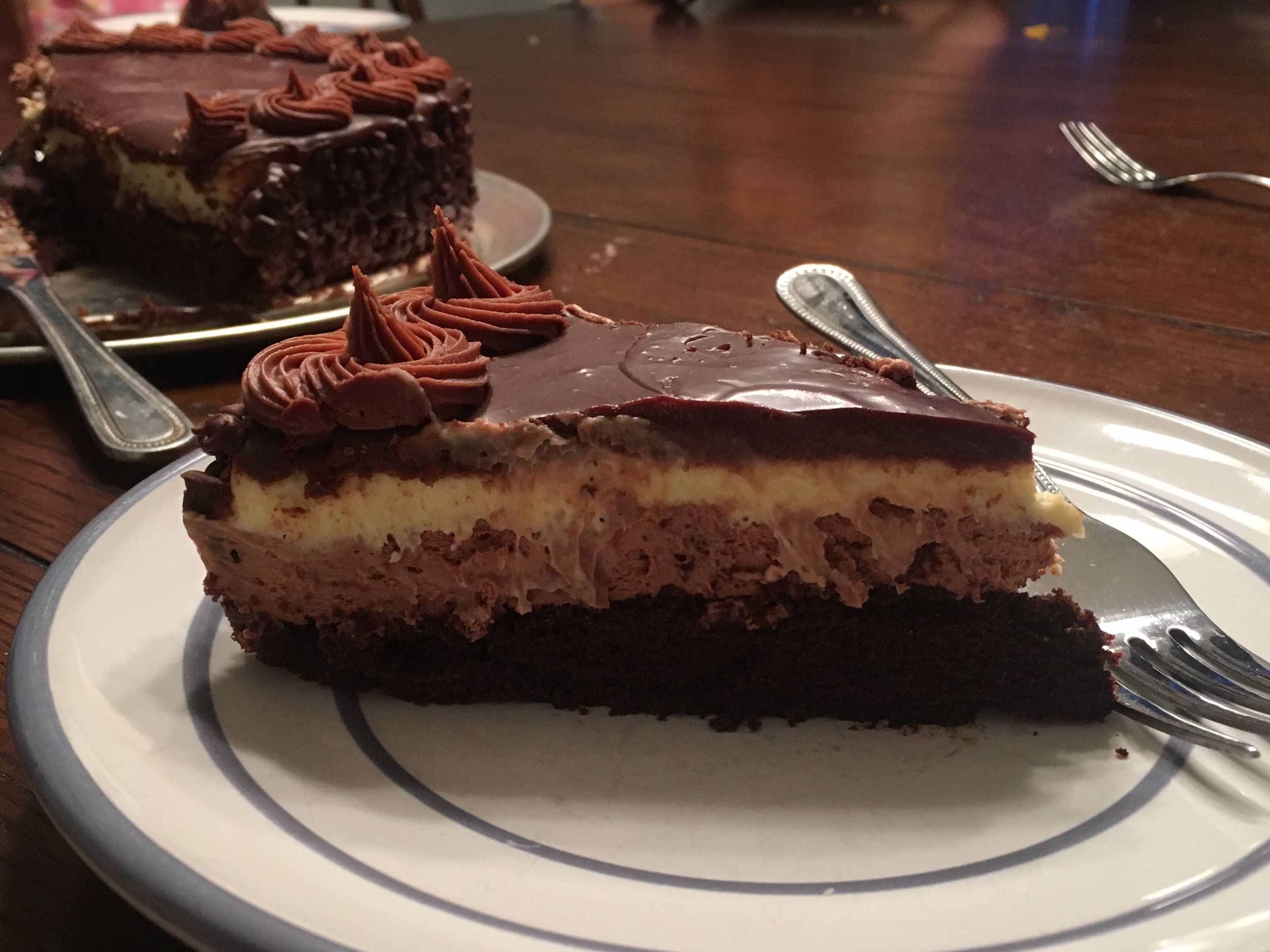 olive garden black tie mousse cake review