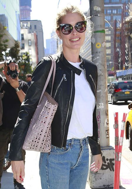 Celebrities In Leather: Doutzen Kroes wears a black leather jacket