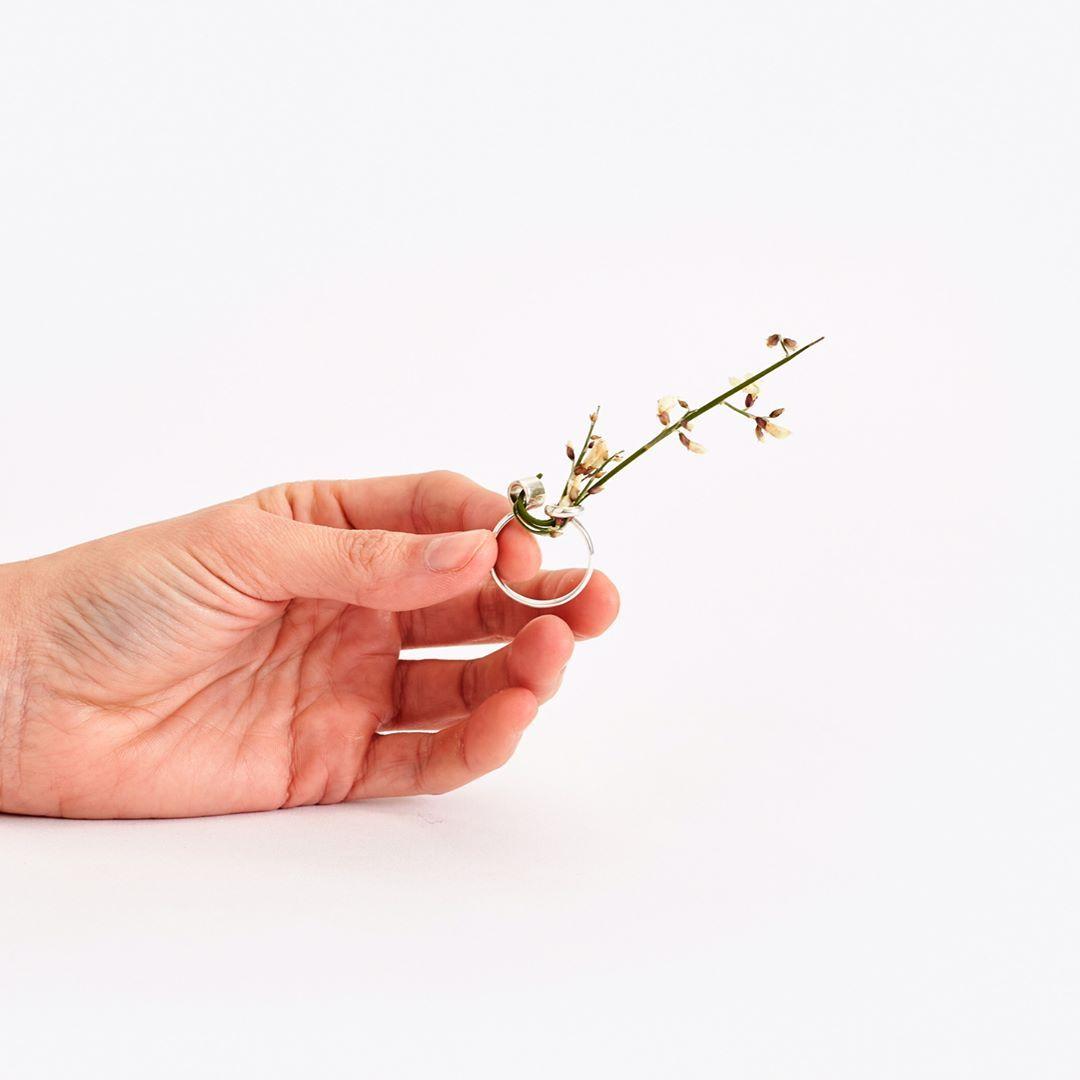 Ikebana Ring | insert a flower stem and wind it around the ring to create your own arrangement #ikebanaring @gahee_design