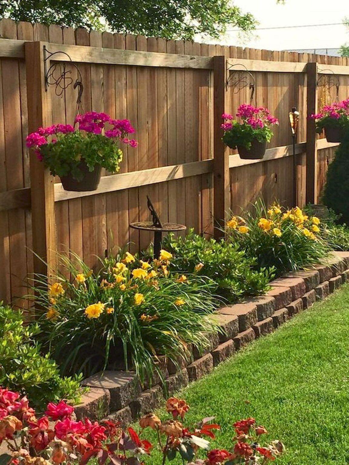 81 Popular Summer Garden Decorating Ideas 23 Best Inspiration Ideas That You Want In 2020 Small Backyard Landscaping Backyard Decor Garden Yard Ideas