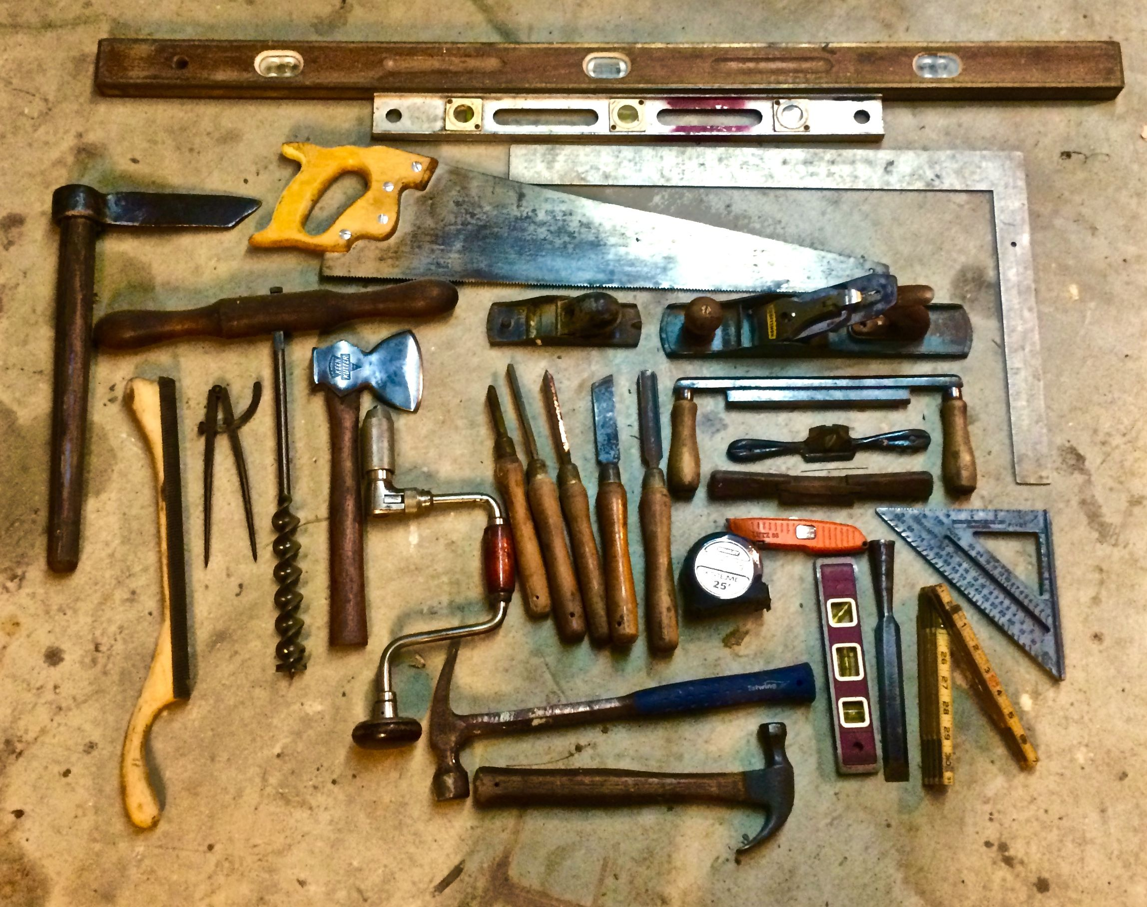 20 Essential Woodworking Hand Tools List All Woodworkers Must Have