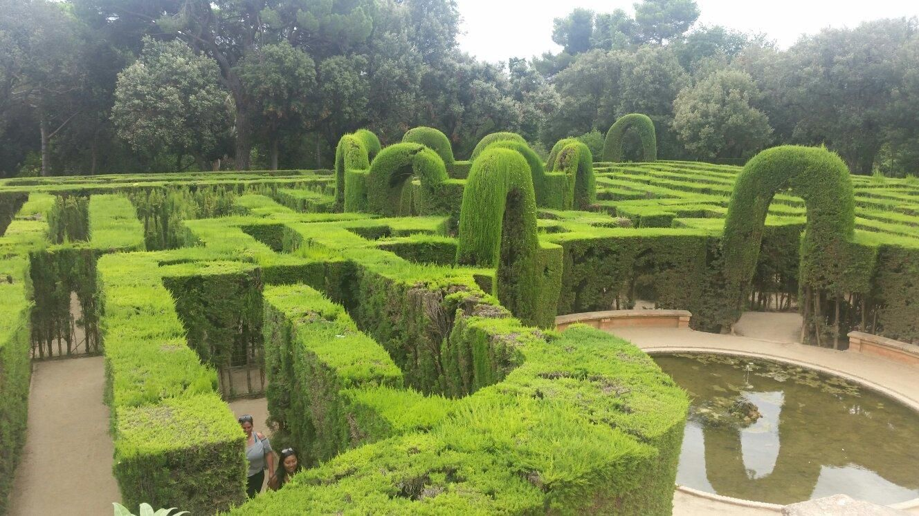 **Parque del Laberinto de Horta (beautiful garden away from the city) - Barcelona, Spain