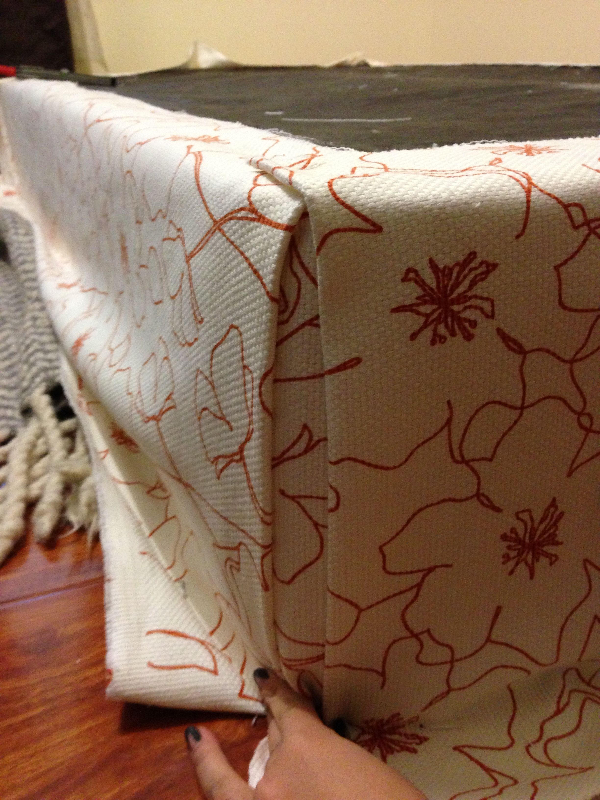 DIY upholstering your boxspring Upholstered box springs