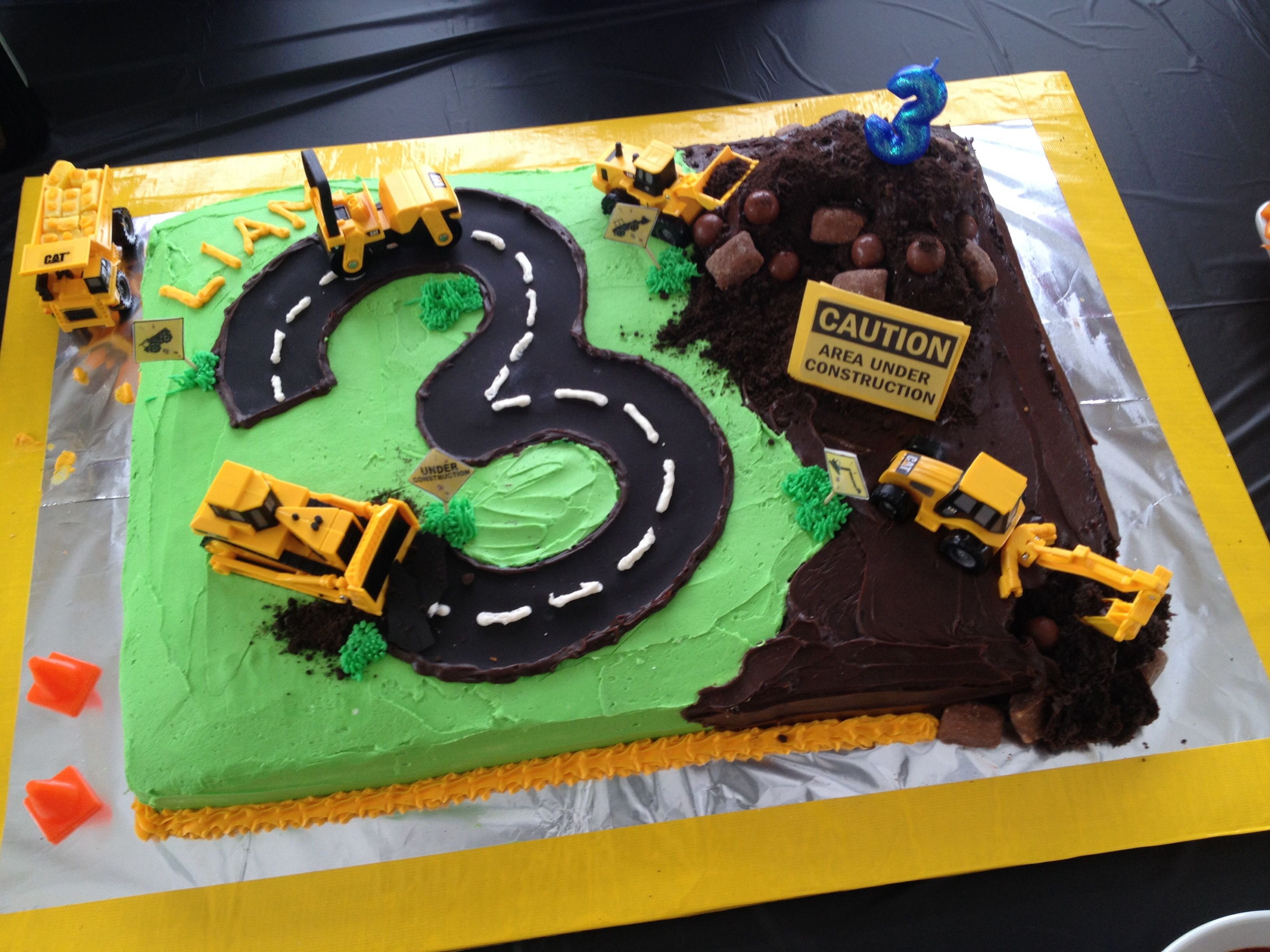 Construction birthday cake | Liam's birthday! | Digger birthday ...