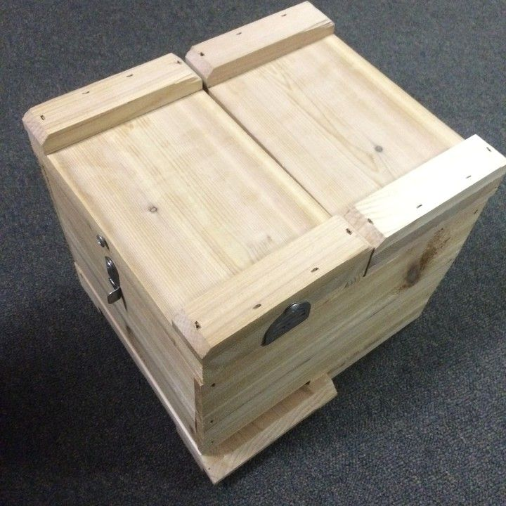 Queen Rearing & Mating Hive Cedar (frames not included) from Eco Bee ...