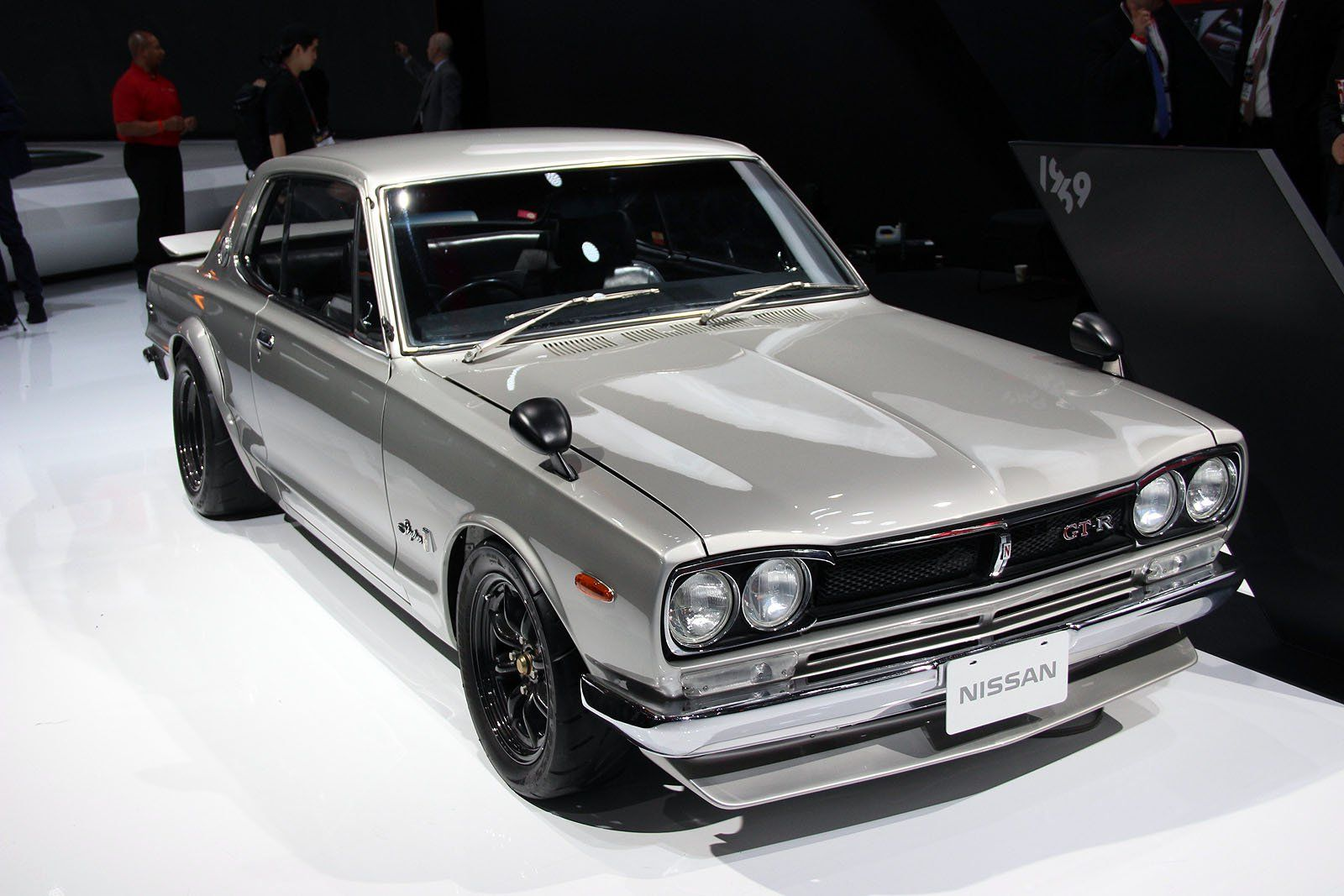Here S Why Nissan Had The Best Booth At The New York Auto Show