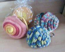 Monederos espiral, tejidos en telar cordon, diseños de la revista evia ediciones, www.facebook.com/pages/An-Ver/582001688513051