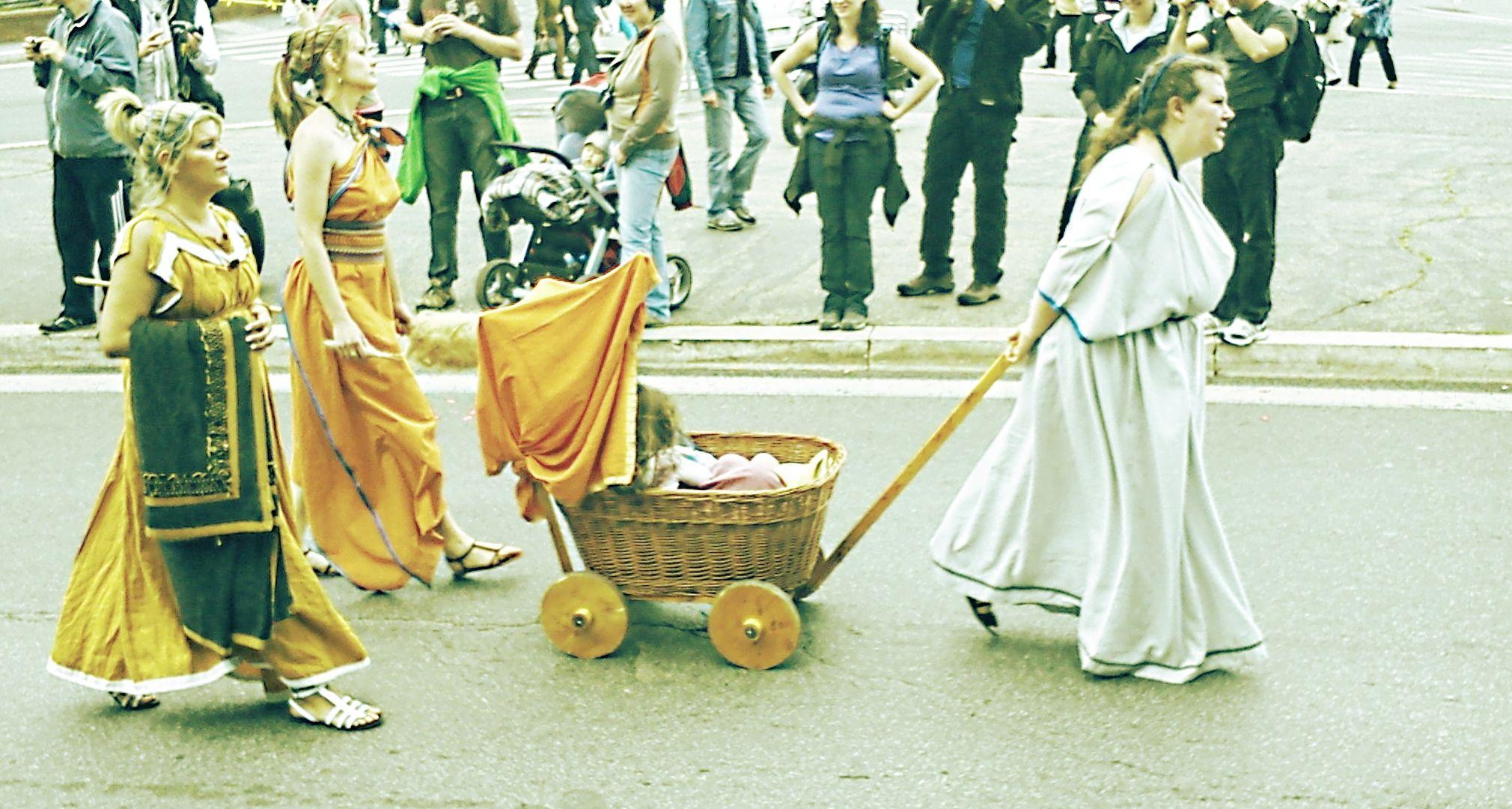 Roma Birthday 2765y