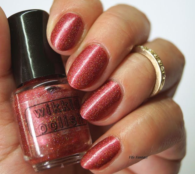 Fife Fantasi Nails Sparkly Auburn Red From Wikkid Polish Nail