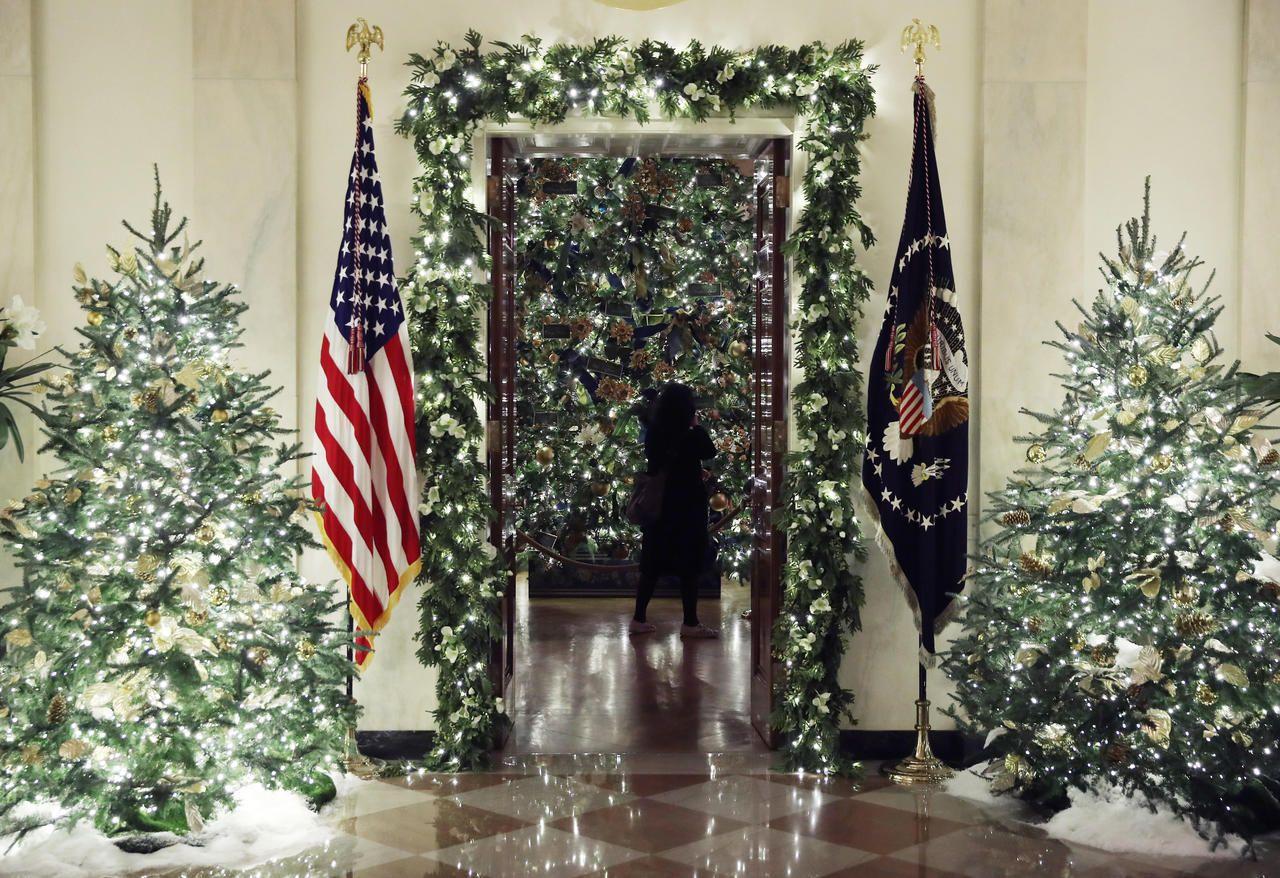 White House Christmas Decorations 2019 White House Christmas Decorations White House Christmas Holiday Decor