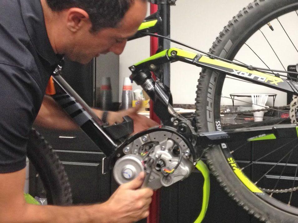 Ekolo Certified For E Bike Mechanic Exams Bike Europe Electric Bike Motor Bike Mechanics Electric Bike