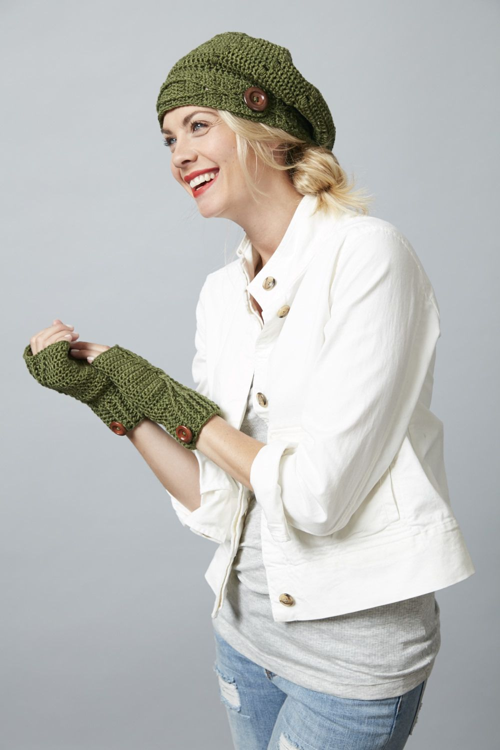 Riverside Button Slouchie and Fingerless Glove Set from \'A Wonder to ...