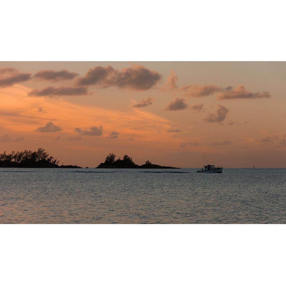 Heading home... #bermuda #wearebda #wearebermuda #ahhbermuda #ocean #sunset #ilivewhereyouvacation by ianwatkinson_bda