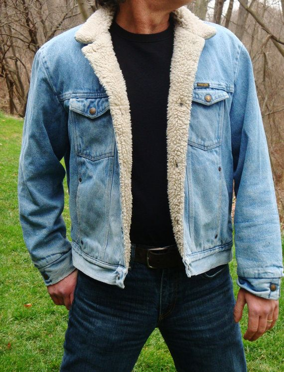 Vintage 70s Wrangler Denim Jacket -Black Label Blue Jean Cowboy Sherpa  Lining Ranch Hand Marlboro Man. Size L XL - Vintage 70s Wrangler Denim Jacket -Black Label Blue Jean Cowboy