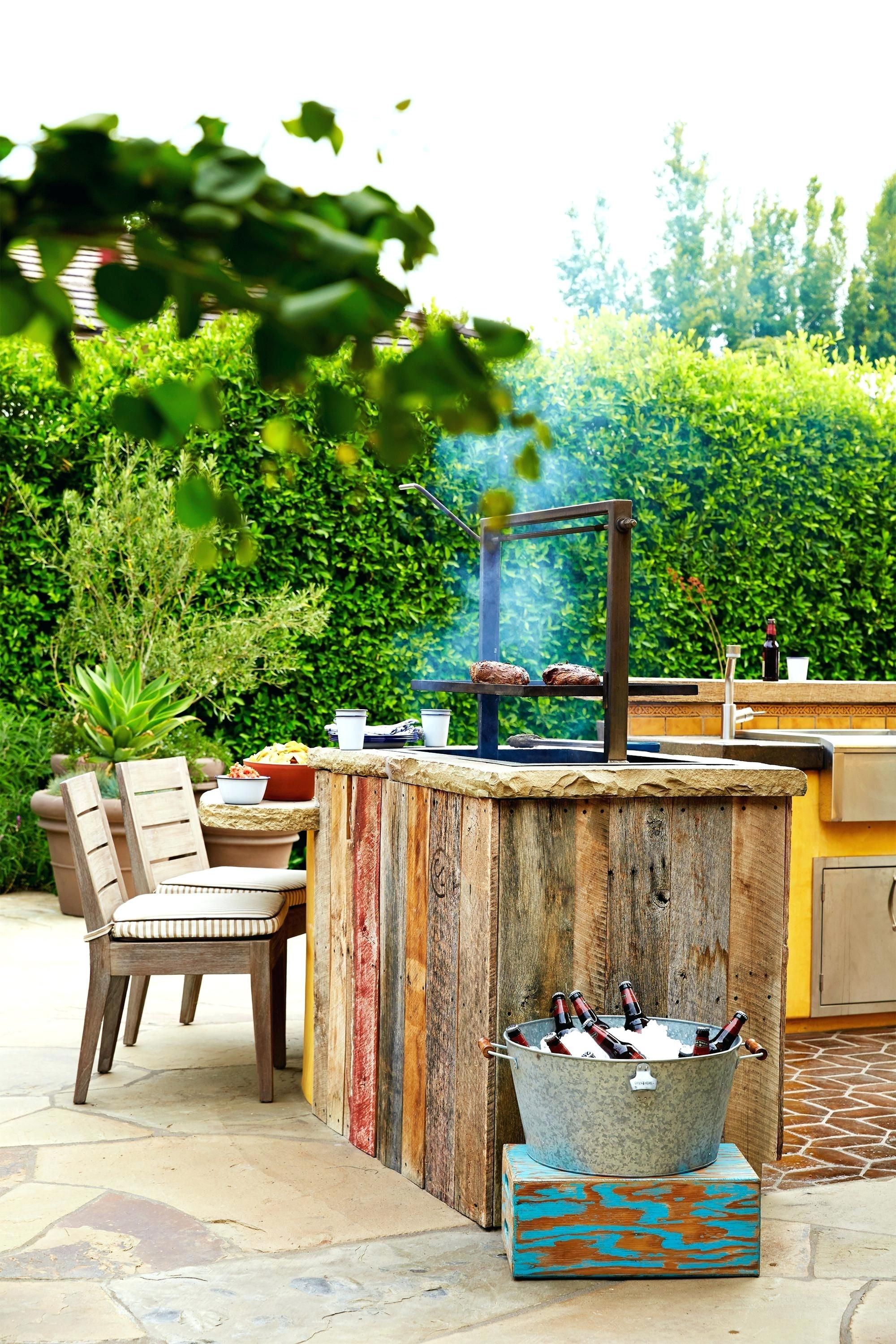 Outdoor Kitchen Ideas On A Budget Affordable Small And Diy Outdoor Kitchen Ideas Rustic Outdoor Kitchens Outdoor Kitchen Design Outdoor Kitchen Decor