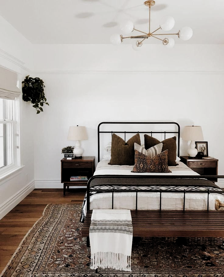 - A mix of mid-century modern, bohemian, and industrial interior style. Home and apartment decor, decoration ideas, home design, bedroom, living room, dining room, kitchen, bathroom, office, simple, modern, contemporary, boho, bohemian, beach style, industrial, rustic, DIY project inspiration, furniture, bed, table, chair, architecture, building, interior, exterior, lighting  #bedroomdecor