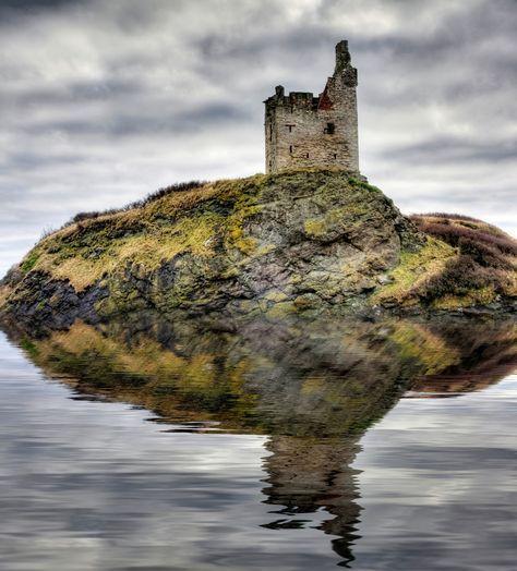 Schottische Möbel greenan castle on the ayrshire coast of scotland beloved scotland