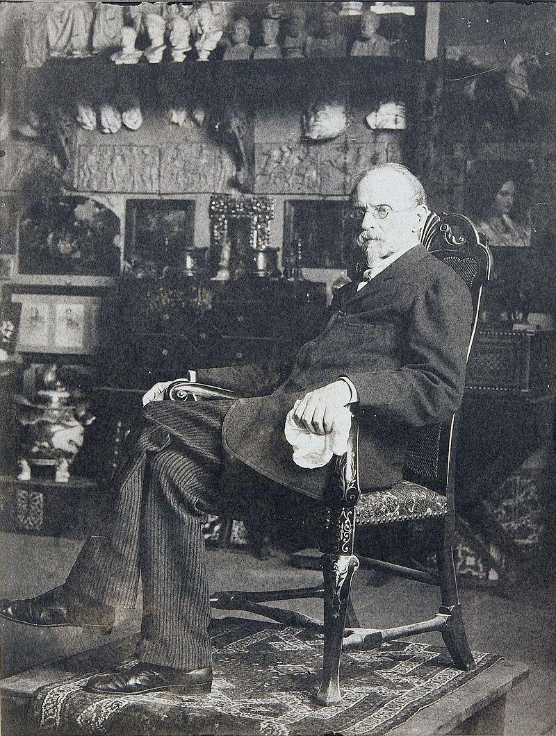 Federico de Madrazo en su estudio.