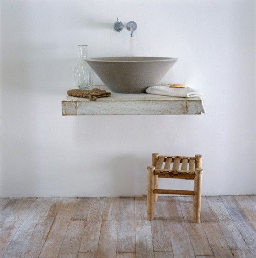 Floating Sink Small Stool Simple Basin Shelf And Spigot