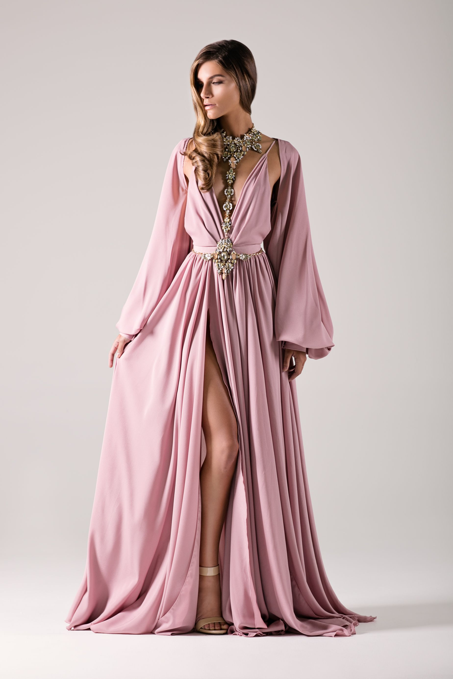 Pin de Dahiana Muñoz en alta costura | Pinterest | Moda rosada, Alta ...