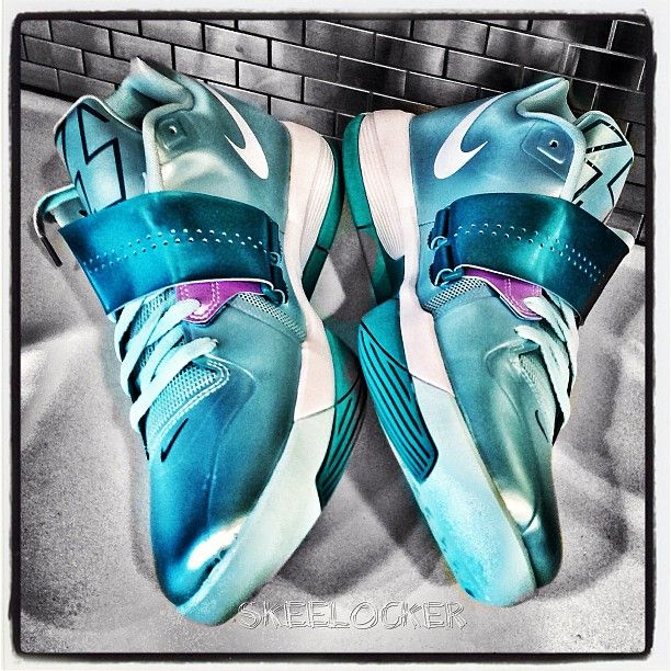 "djskee:  #SkeeLocker 075/365: Nike KD IV ""Mint Candy"" editions. Even though its not Easter yet, it's St Patricks day wknd so had to show some green, and it's my last day in the homie @sniperjones35 college city, Austin"
