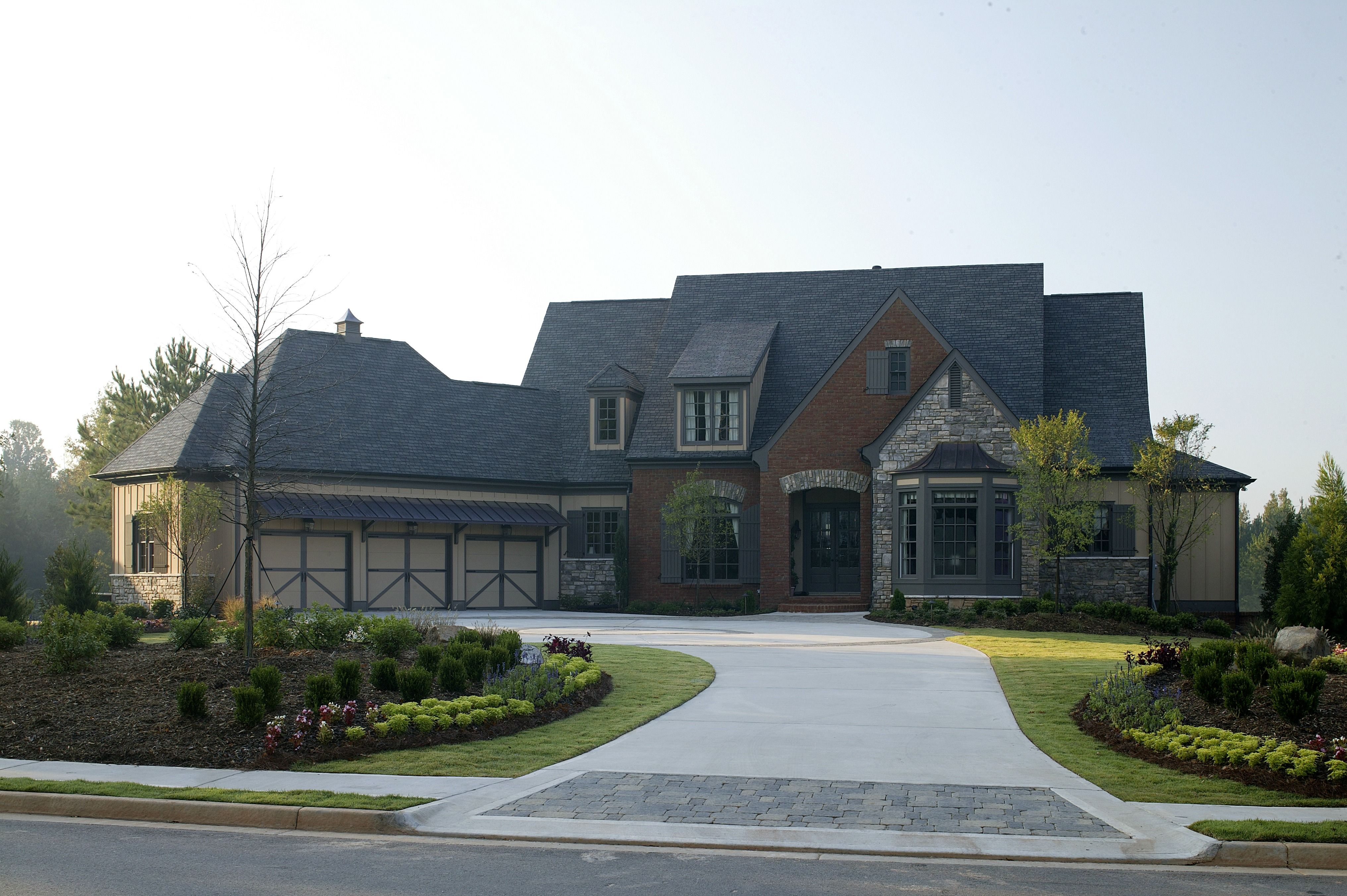 Exterior Painting Cost Cost To Paint House Exterior Front View Of House House Paint Exterior House Exterior