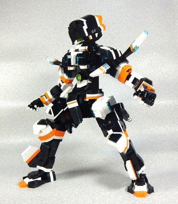 Suisei No Gargantia's Chamber Lego Figure