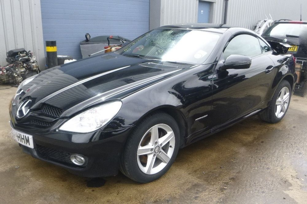 mercedes slk 200 kompressor 2008 1 8 2008 2012 convertible. Black Bedroom Furniture Sets. Home Design Ideas