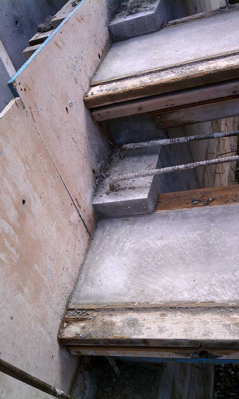 Best Cantilevered Concrete Stair Formwork Closeup Detail 400 x 300