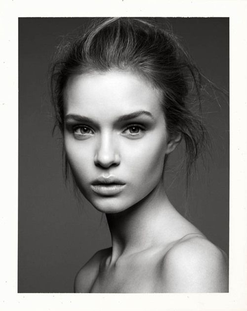 Josephine Skriver, Agencies: New York, The Society Management. Paris, IMG Paris. London, Storm Model Management. Barcelona, Traffic Models. Berlin, SEEDS Management.
