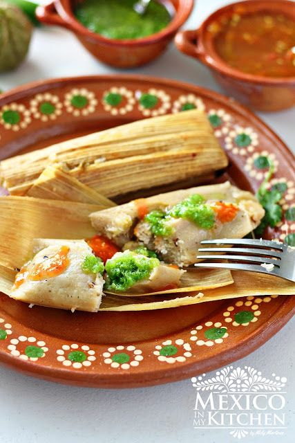 How To Make Chicken In Green Salsa Tamales Recipe Food Drink